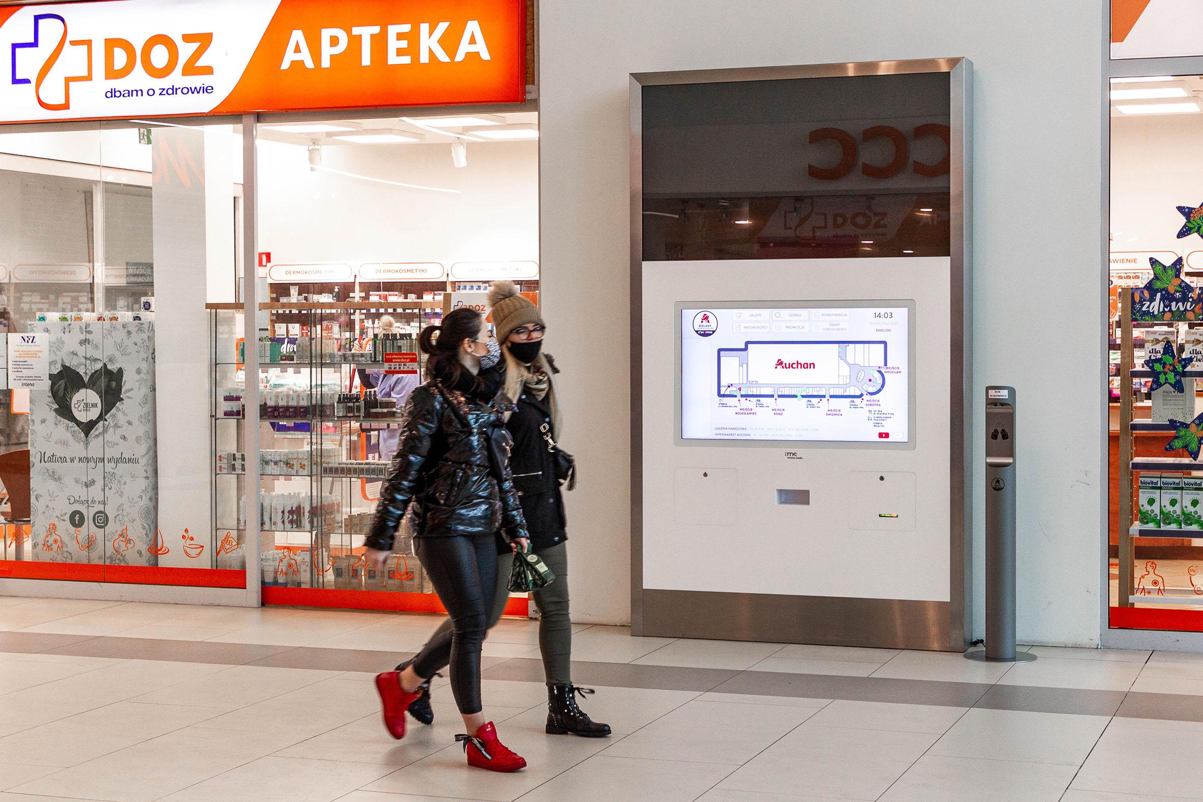 Ekrany reklamowe dla sklepów - Applink